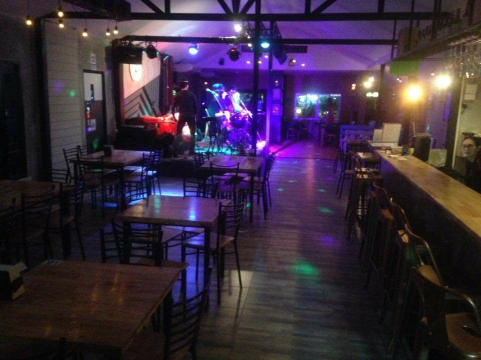 40 up PUB & Restaurant Korat